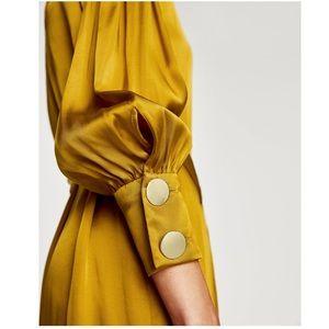 GORGEOUS NWT ZARA Satin Dress with Belt